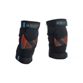 KNEEPAD ACTION TEAM CMPT BLACK/BLUE/FLASHRED